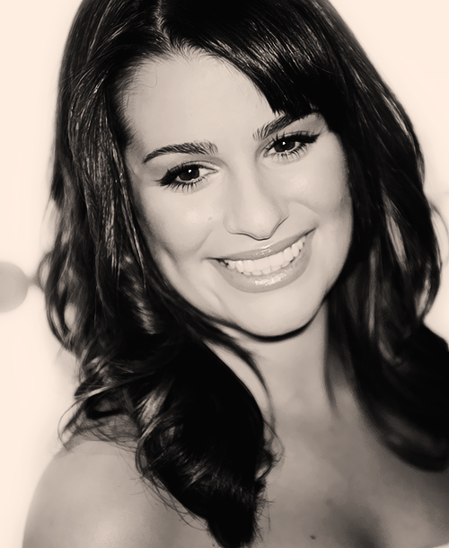 Lea Michele Hairstyles 52