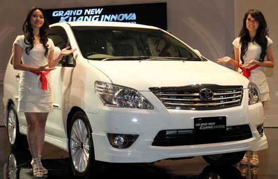 Harga Toyota Grand New Innova 2013