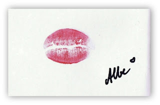 pink loving lips new year kiss wallpaper