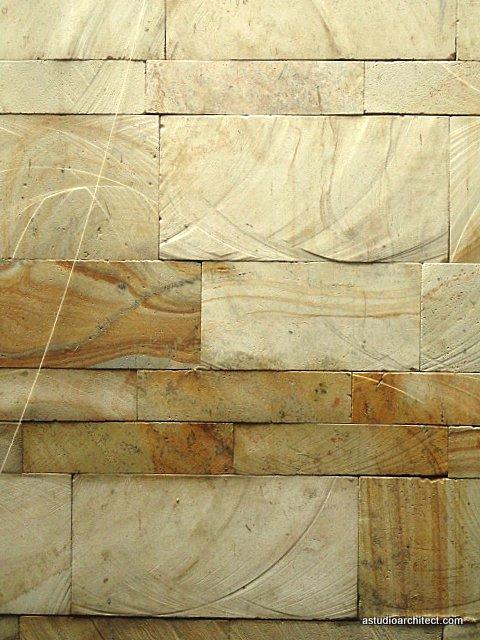 a variasi memasang batu tempel