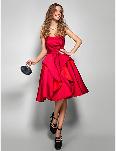 Vestido rojo satén hasta la rodilla