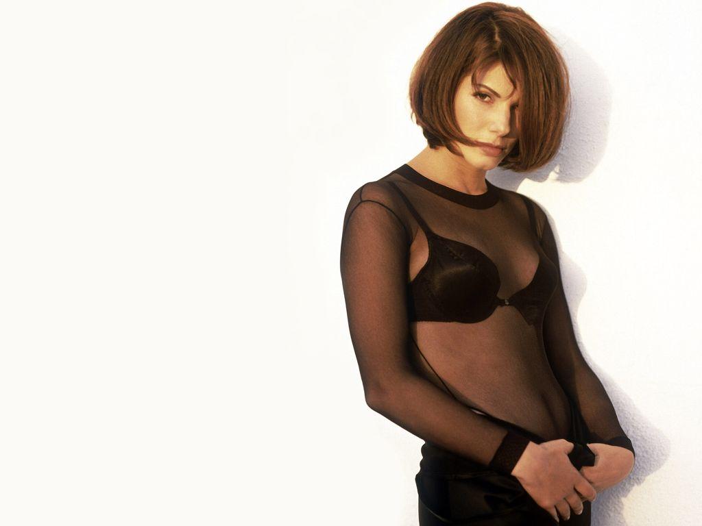 http://1.bp.blogspot.com/-4hhKFzOVXX8/TVN47qgdrYI/AAAAAAAAF2Y/s_ETslgAutY/s1600/Sandra+Bullock+%252817%2529.JPG