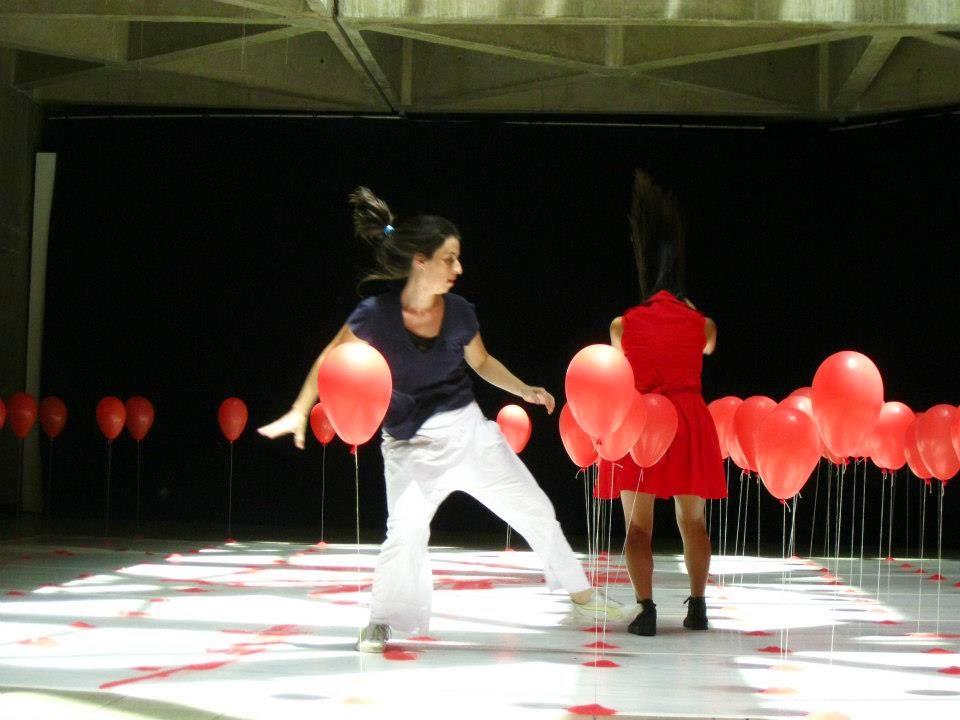 Miracatu recebe espetáculo Balões da Cia. Etra de Dança Contemporânea
