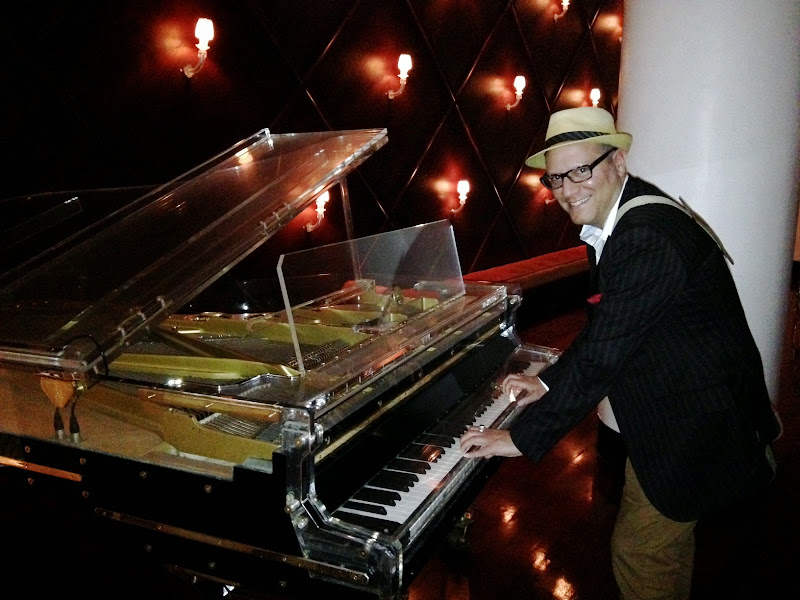 Elton-Joe, Live at the Delano! title=