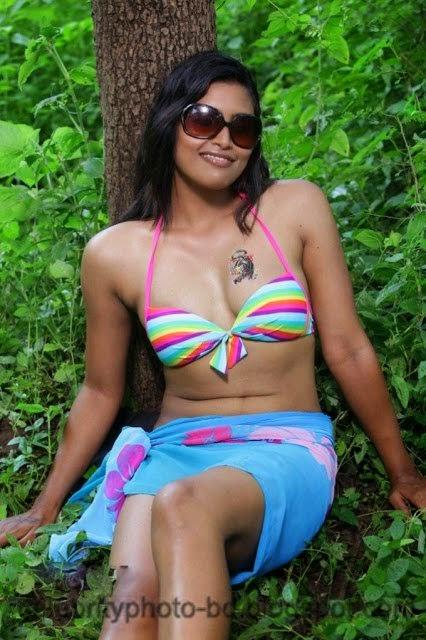 Sravanthi+Latest+Hot+Images002