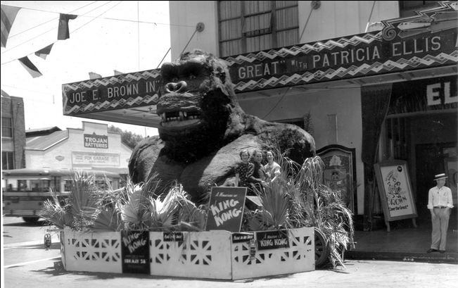 king kong essays A review of peter jackson's king kong [this essay was funded through patreon under the zeal project zeal aims to provide high quality criticism of rarely discussed games and comics, and showcase the talents of exciting new writers and artists.