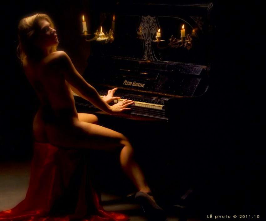 eroticheskaya-igra-na-vecher