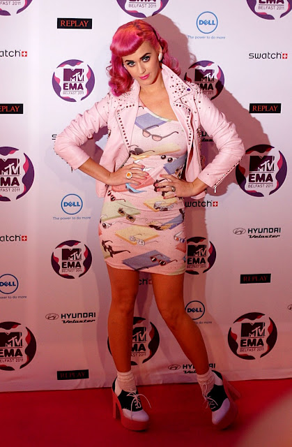 Katy perry at the 2011 mtv europe music awards – wearing jeremy