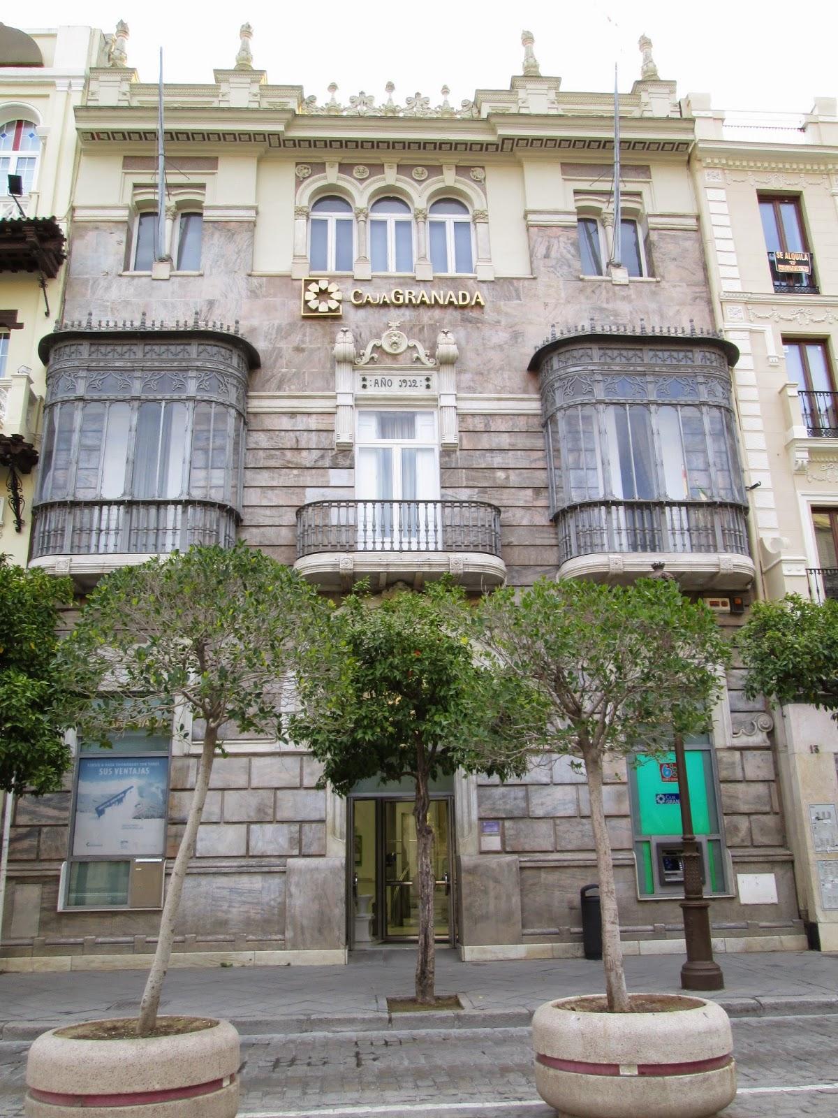 Declaraci n de intenciones arquitectura regionalista en for Bankia oficinas zaragoza