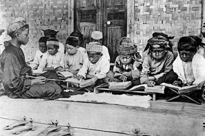 Makalah : Perkembangan Peradaban Islam Indonesia Pada Masa Penjajajah Barat dan Jepang