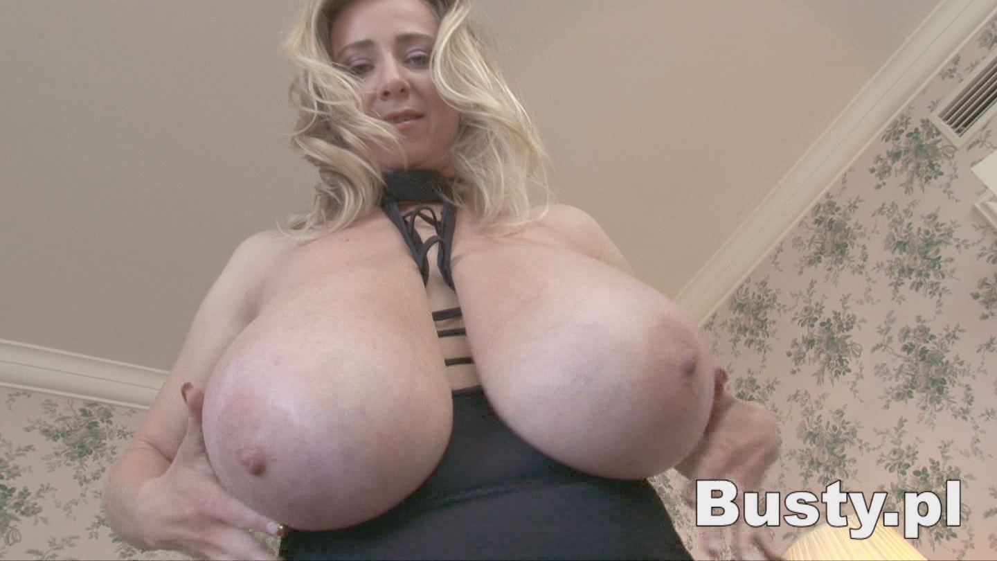 Nelli roono big boobs squished mommy got boobs 4