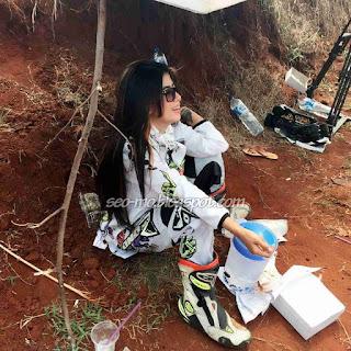 Foto Indri Barbie Sedang Syuting Anak Jalanan RCTI