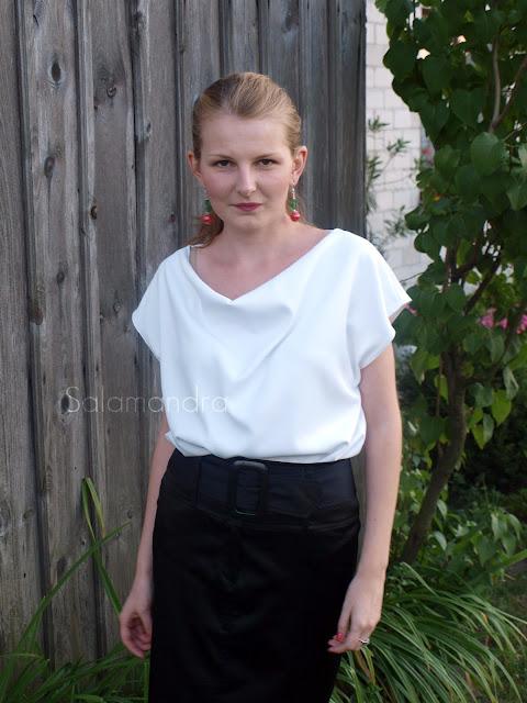Biała elegancka bluzka