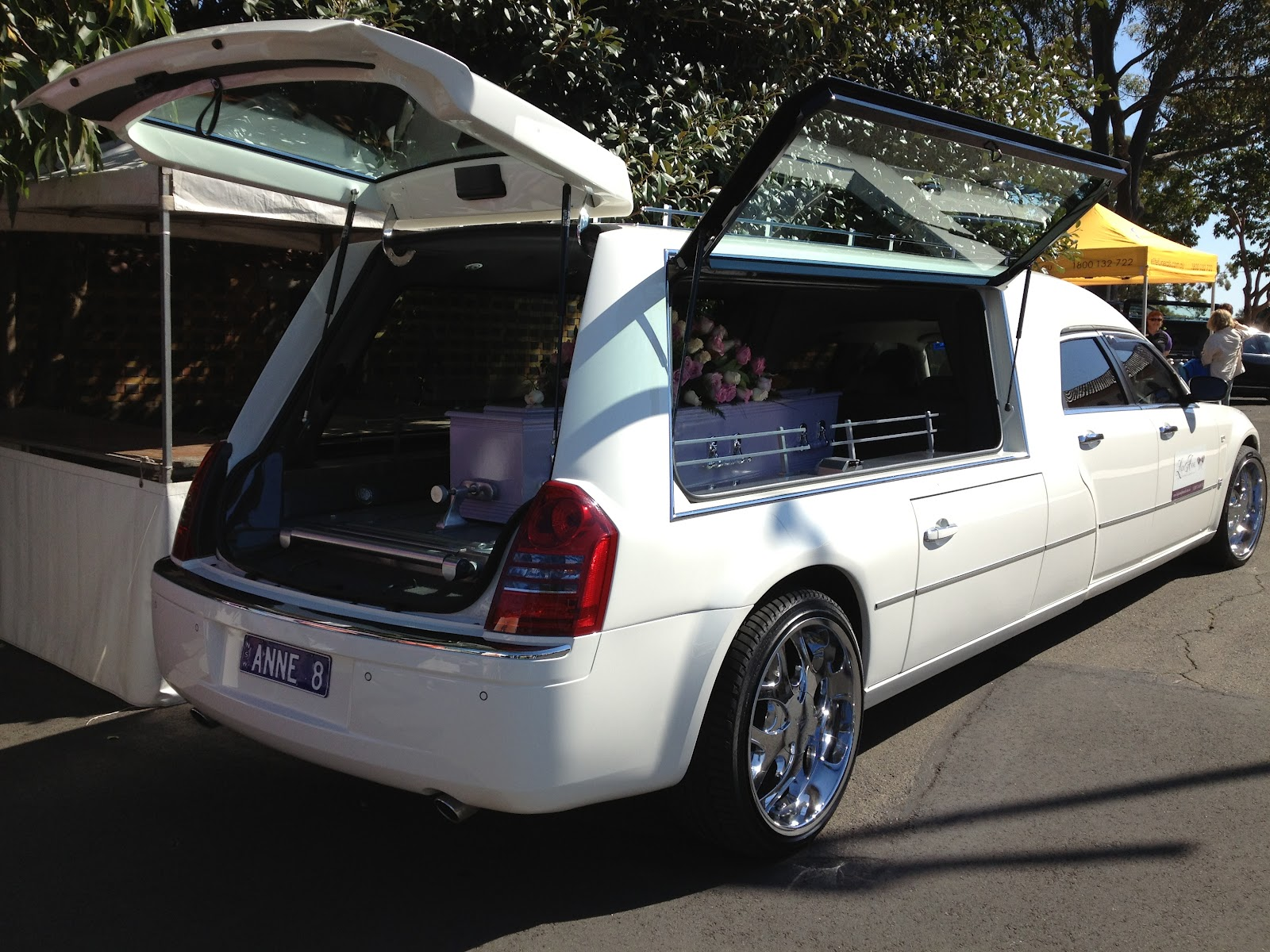The Other Side Of Funerals The Hearse Telling Them Apart