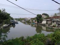 Rumah sepadan sungai