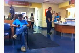 descriptive essay of an emergency room A hospital emergency room descriptive essay, feb 9, 2013 im taking an english writing composition class in this semester i have to submit my descriptive essay but.