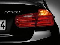 2013 BMW 3-Series 335i (F30) Exterior Detail Rear Lamp