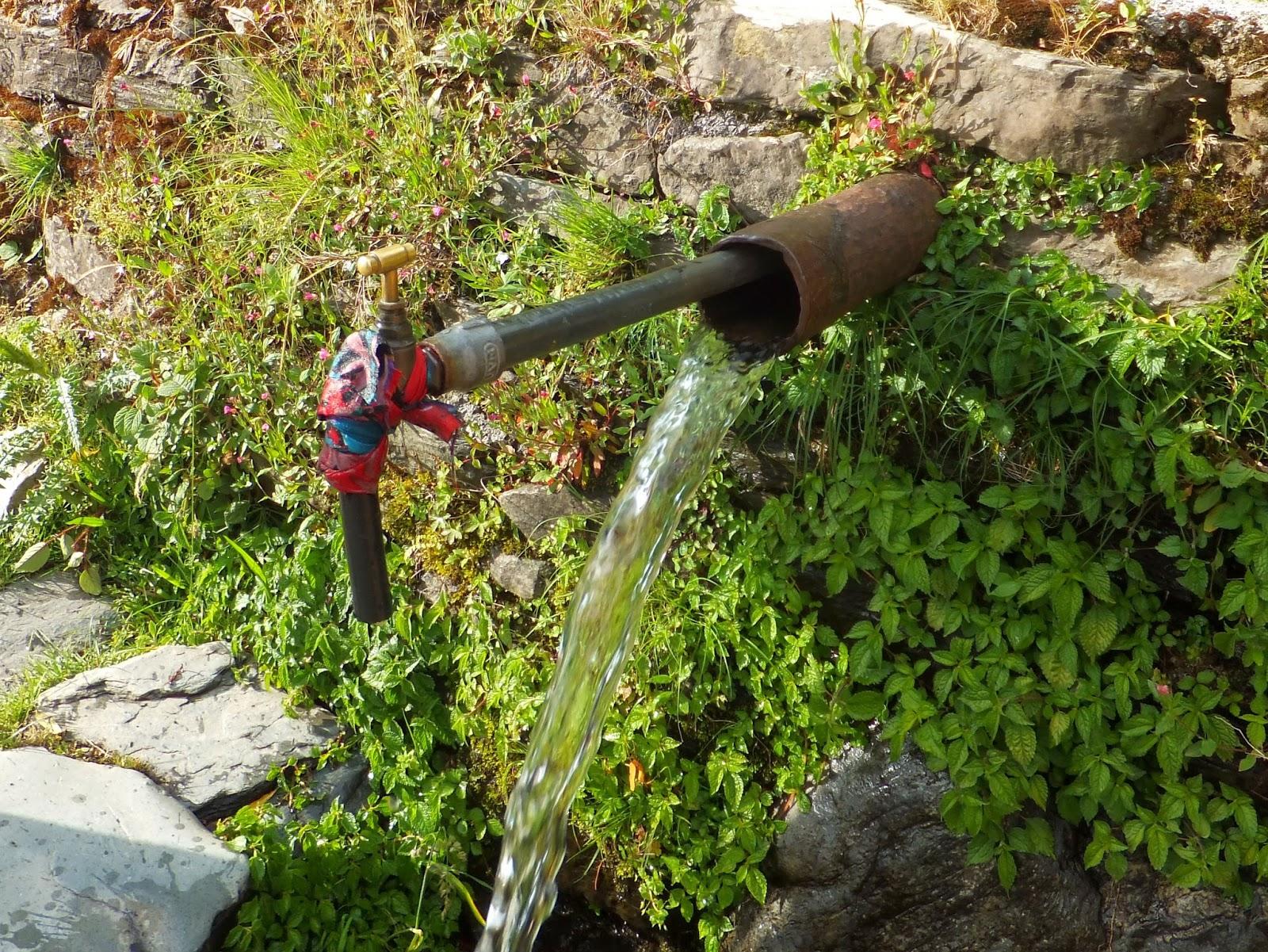 водопровод в индийском стиле