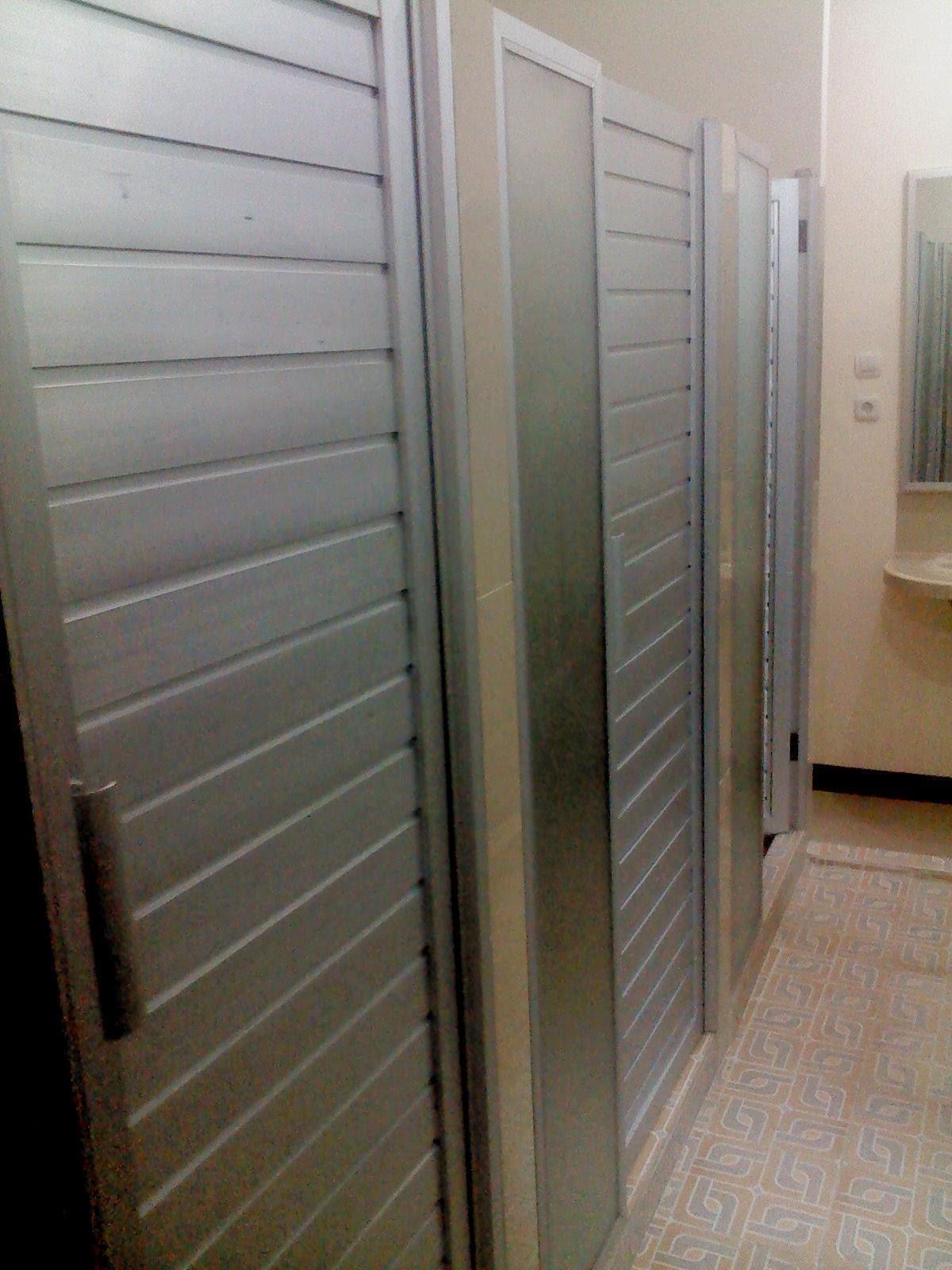 Berapa Harga Pintu Kamar Mandi Aluminium?