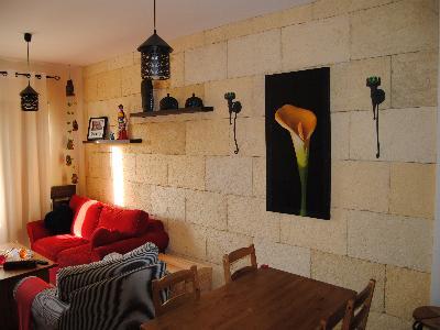 Bassalto piedra artificial revestimiento interior con - Revestimiento piedra interior ...