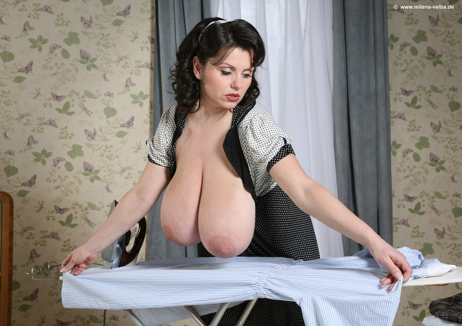 Milena Velba Daisy Under Pressure - Sex Porn Images