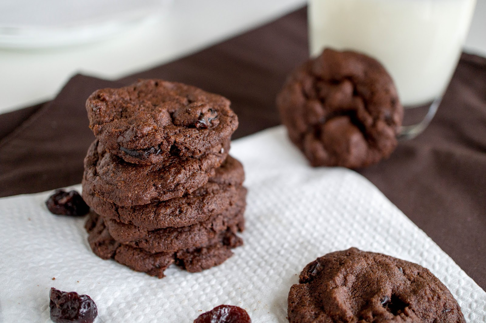 Smart Cookie: Dark Chocolate Cherry Cookies