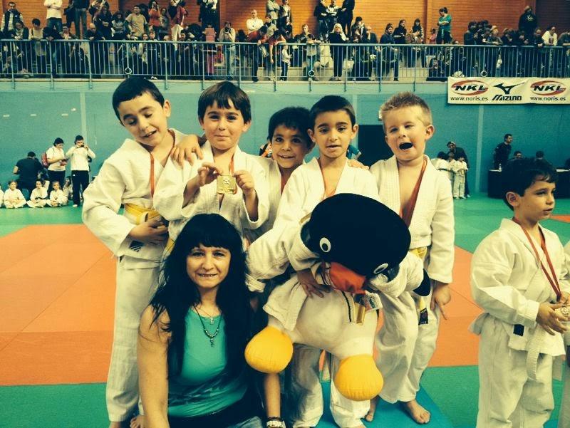 Noticias del gimnasio palomares tirma judo los for Gimnasio villaviciosa de odon