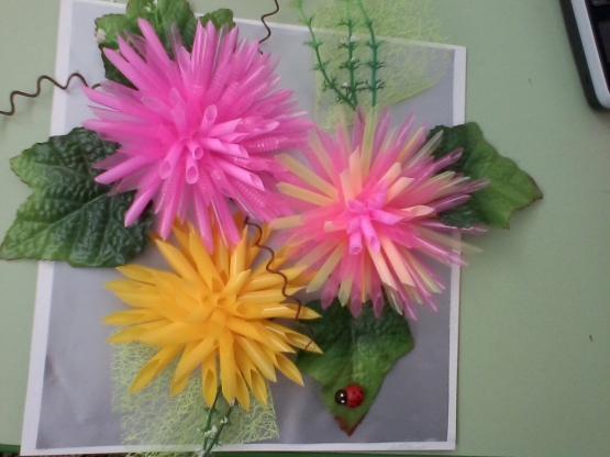 Цветок из трубочек для коктейля своими руками 169