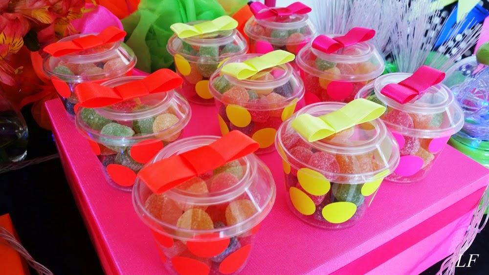 decoracao festa neon:Loren Festa : Festa Balada Teen
