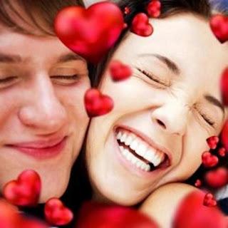 أهم فوائد القبلة بين الزوجين وتأثيرها الإيجابي على الصحة: