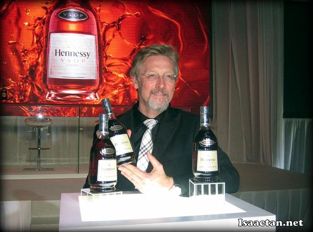 Chris Bangle introducing Hennessy VSOP's latest bottle design