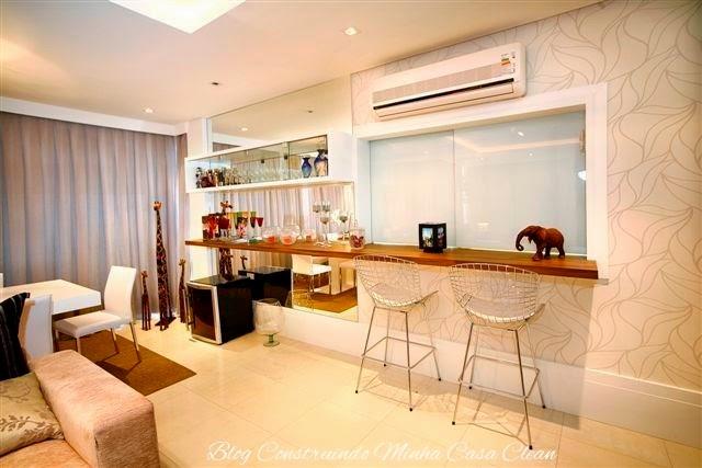 Sala De Jantar Com Janela Grande ~ Essa cozinha ficou em grande estilo, com janela de vidro escondendo