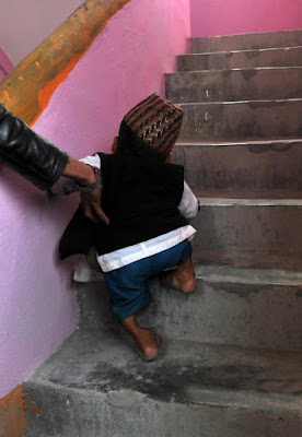 El hombre mas pequeño del mundo 2012 21