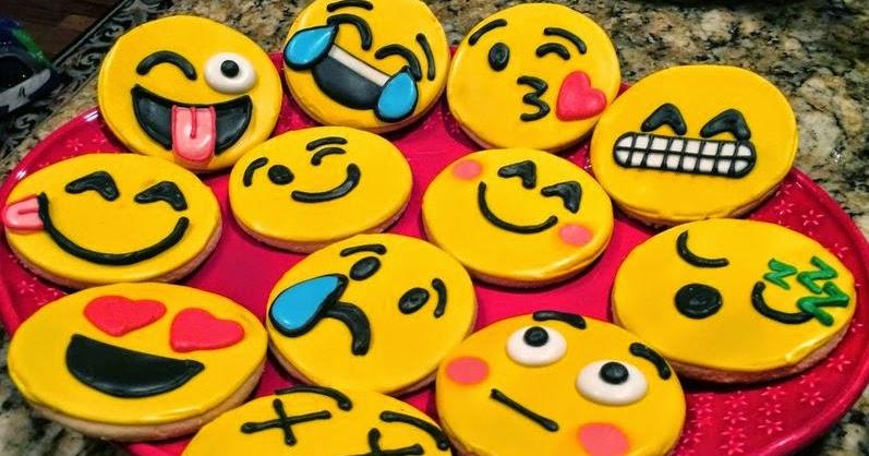 RESEP ASYIK: Resep Membuat Kue Kering Karakter Emoticon Mudah