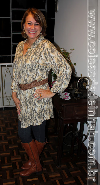look around snake print mature bota montaria
