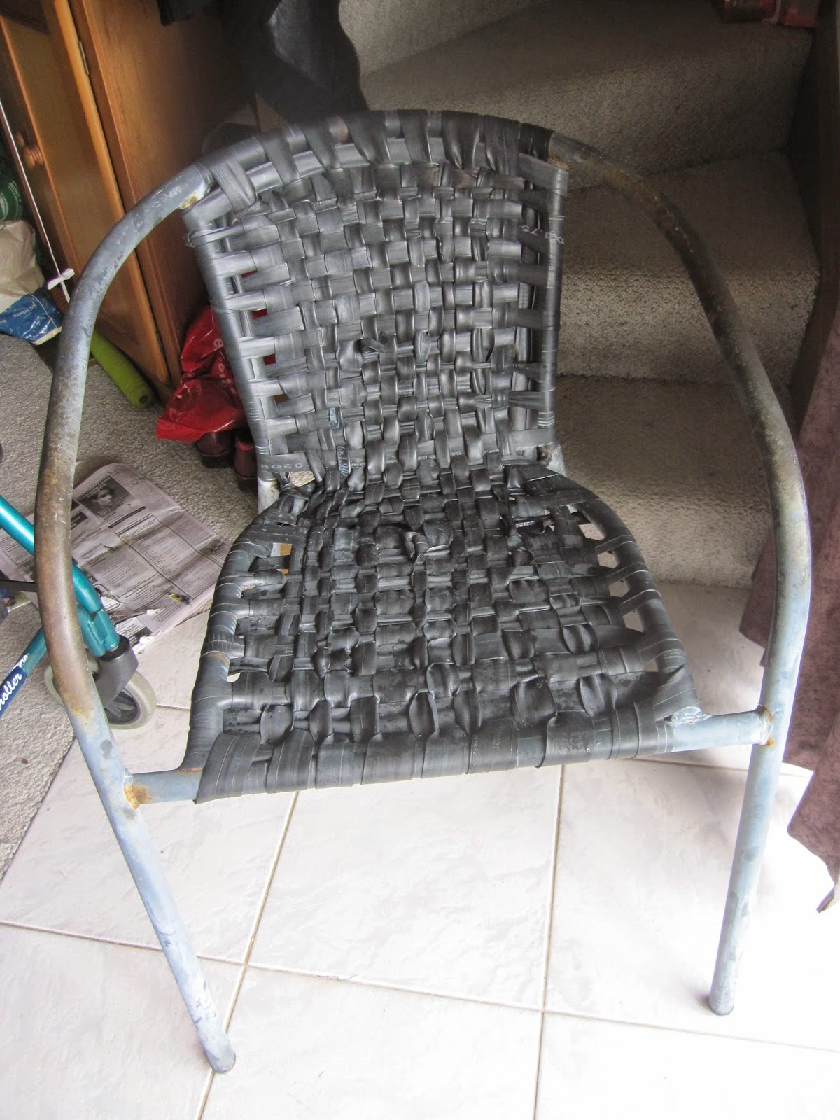Little notes from Heather and Martin Bicycle inner tube woven chair