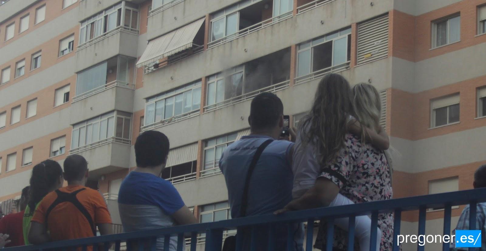 Un incendio obliga a evacuar un edificio de la calle de Soro ...