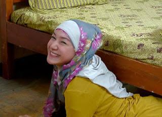 Indri Giana pemeran Zahwa