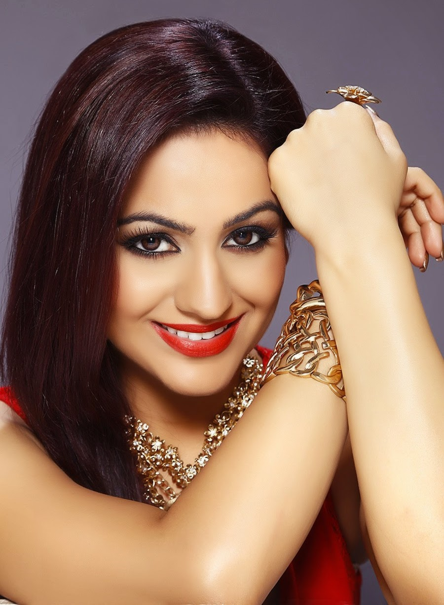 Actress Aksha glamorous photos-HQ-Photo-16