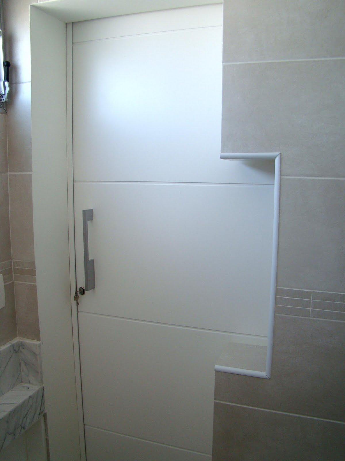 de se encaixar a mão nem requer esfôrço para acionar a porta #4A6D81 1200x1600 Banheiro Acessivel Porta De Correr