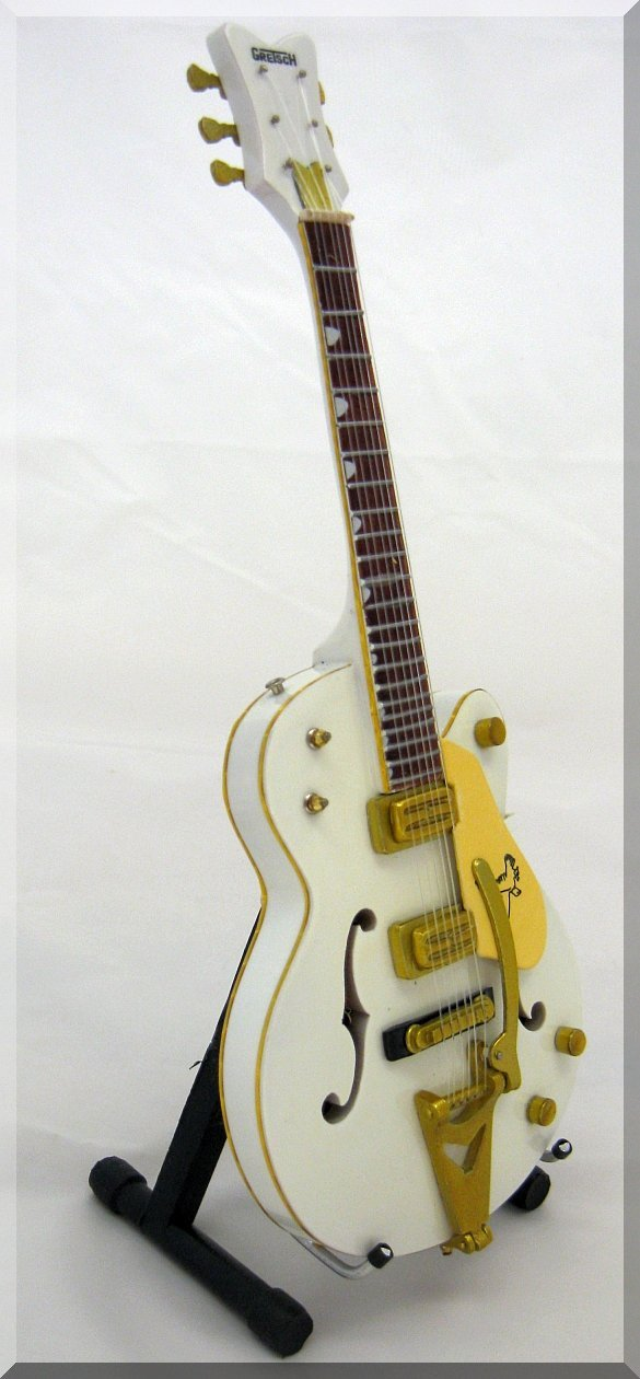 Neil Young White Falcon