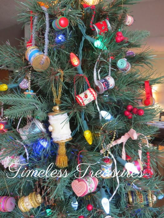 You can click the pictures to enlarge them. - Timeless Treasures: Wooden Sewing Thread Spool Christmas Ornaments