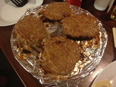 grilled sriracha burgers