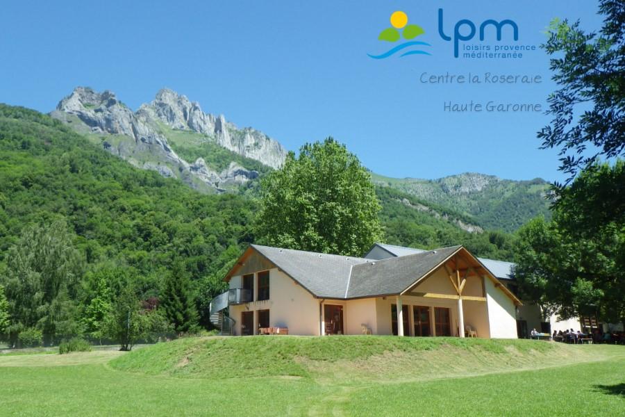 """Centre de vacances LPM """"La Roseraie"""""""