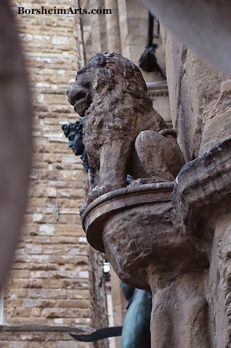 Florence, Italy, profile lion Perseus, Piazza della Signoria