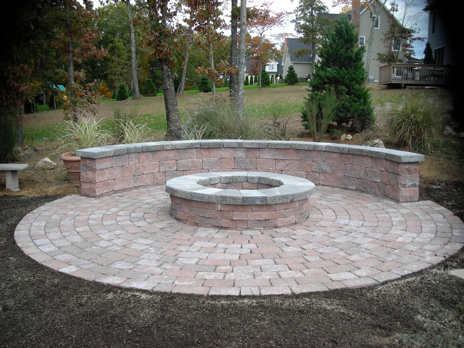 Jonesyinc Keepingupwiththejoneses Round Brick Patio