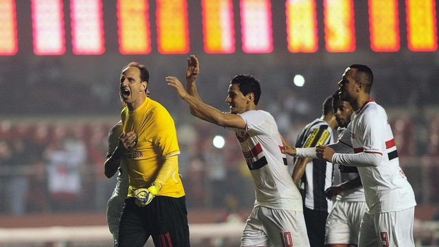 De vilão a herói, a noite de Rogério Ceni!