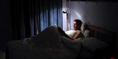 Tidur Sebaiknya dalam Keadaan Gelap