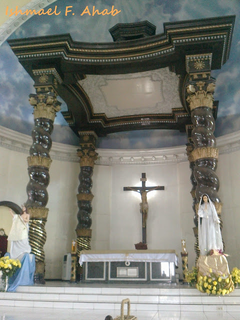 Altar of St. Peter's Parish Church