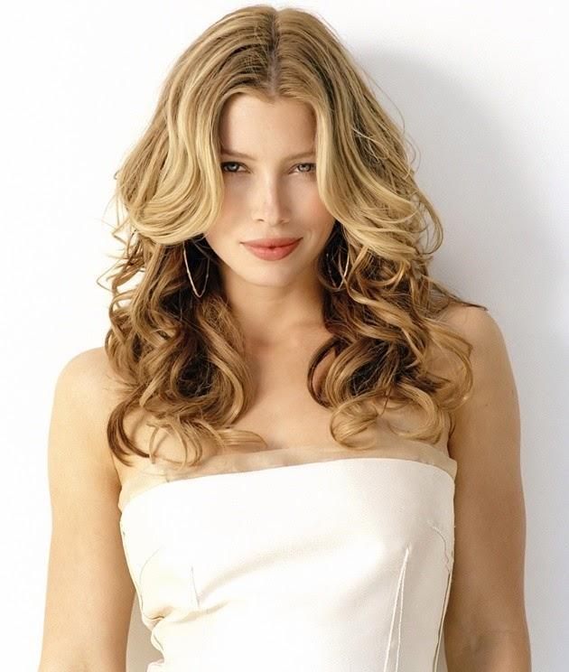 Foto Model  Rambut Curly